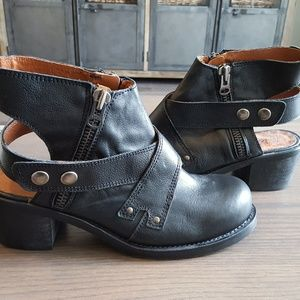 SixtySeven Boots